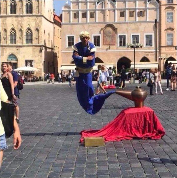 Уличная левитация