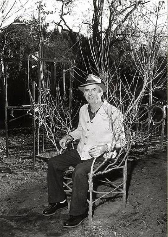 Утраченное мастерство...Необычные деревья Акселя Эрландсона