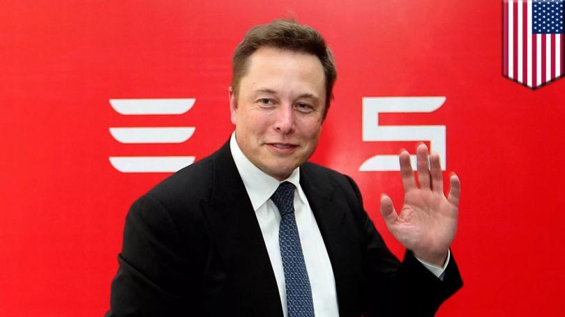 Илон Маск предлагает не заряжать, а быстро менять батареи