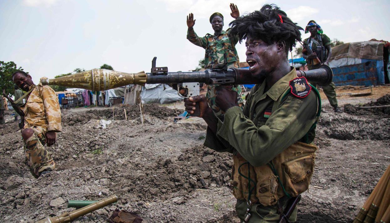 Как менялась риторика украинских властей по продажам оружия Южному Судану