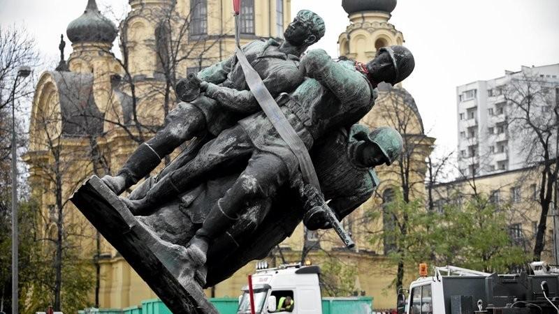 Героизация нацистов и их союзников