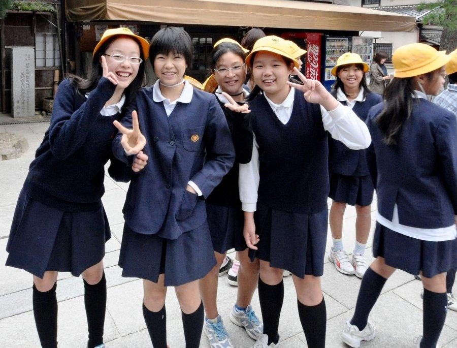 Строгие правила японской школы