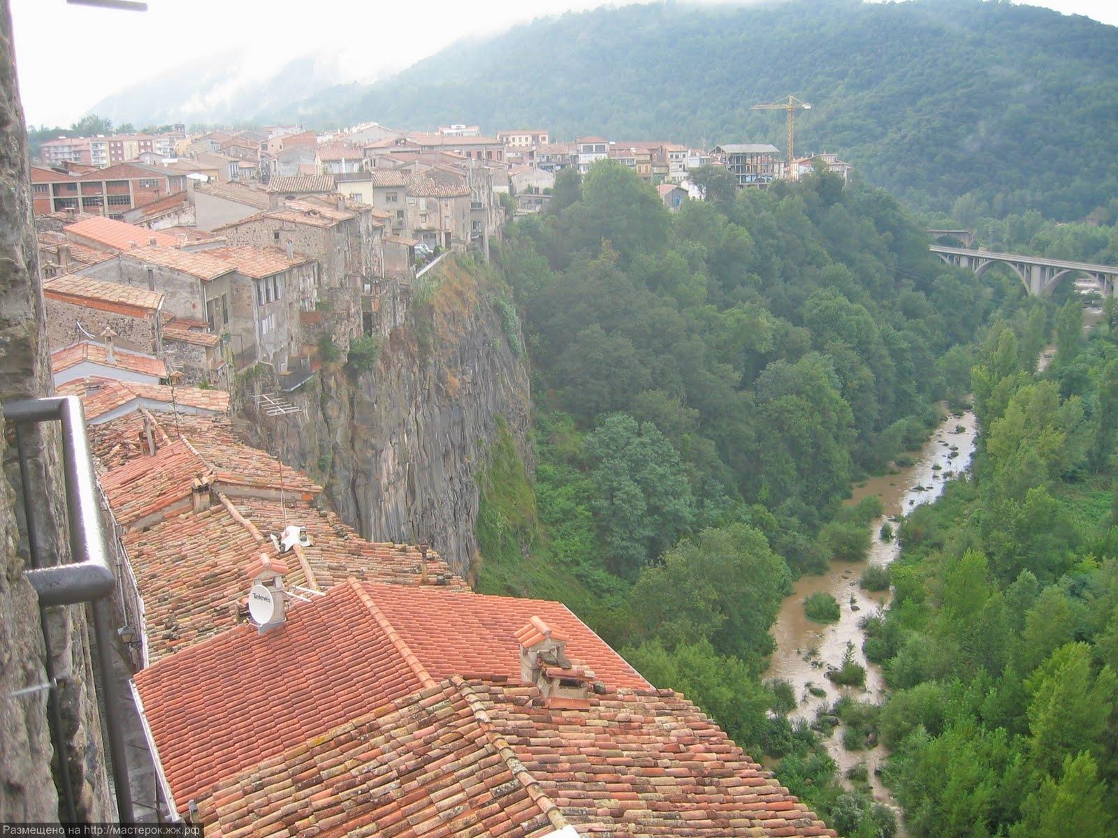 Castellfolit de la Roca (Копировать)