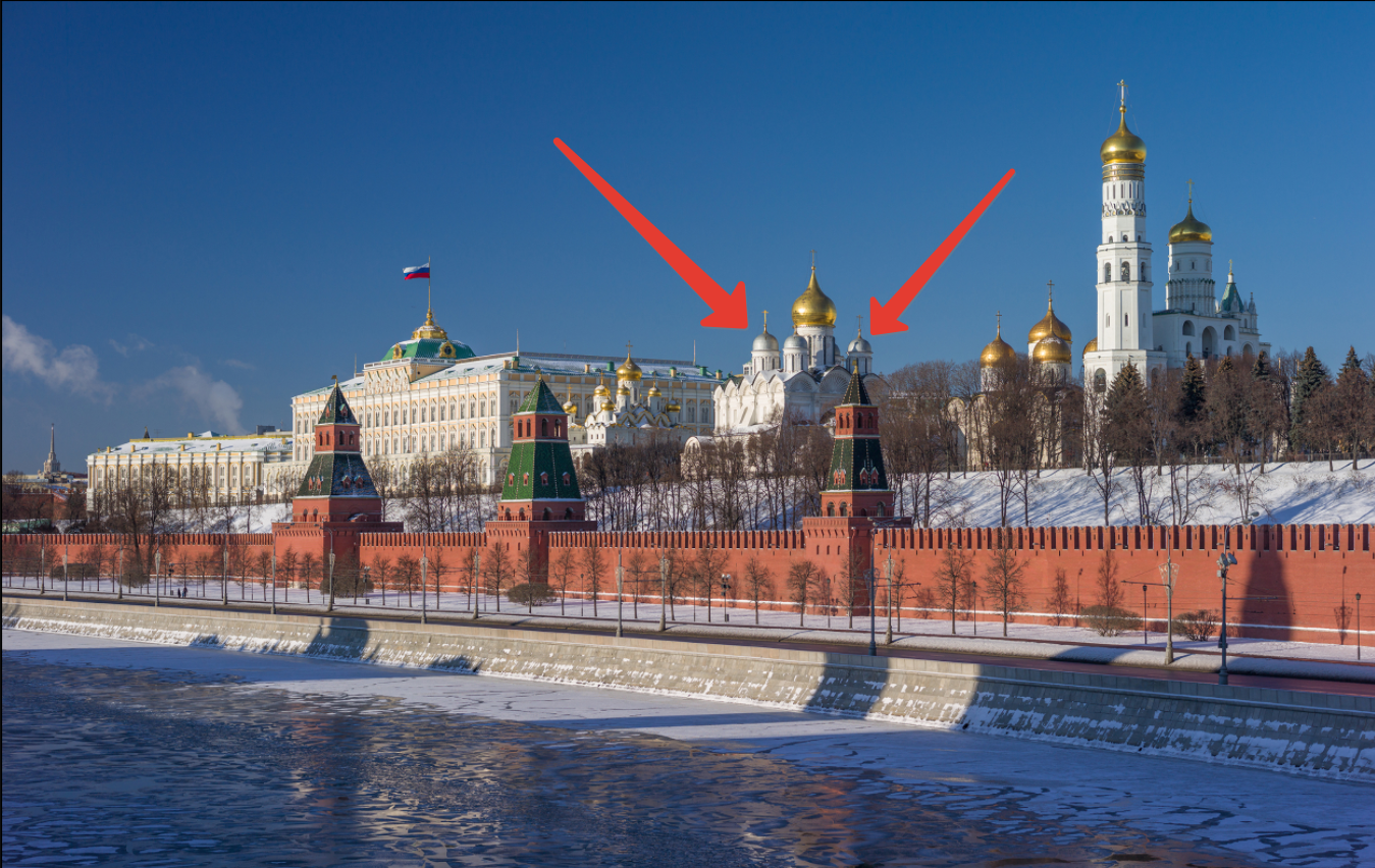 Почему купола Архангельского собора Кремля не позолочены?