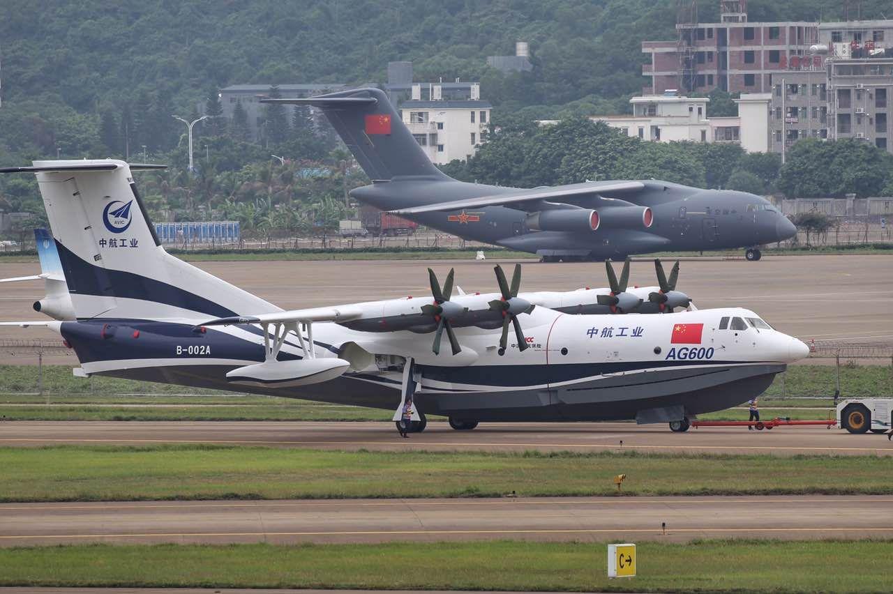 Крупнейший в мире самолет-амфибия