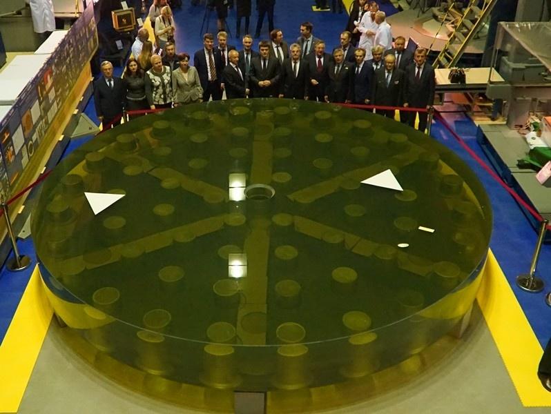 Картинки по запросу зеркало для самого большого в Европе телескопа БТА