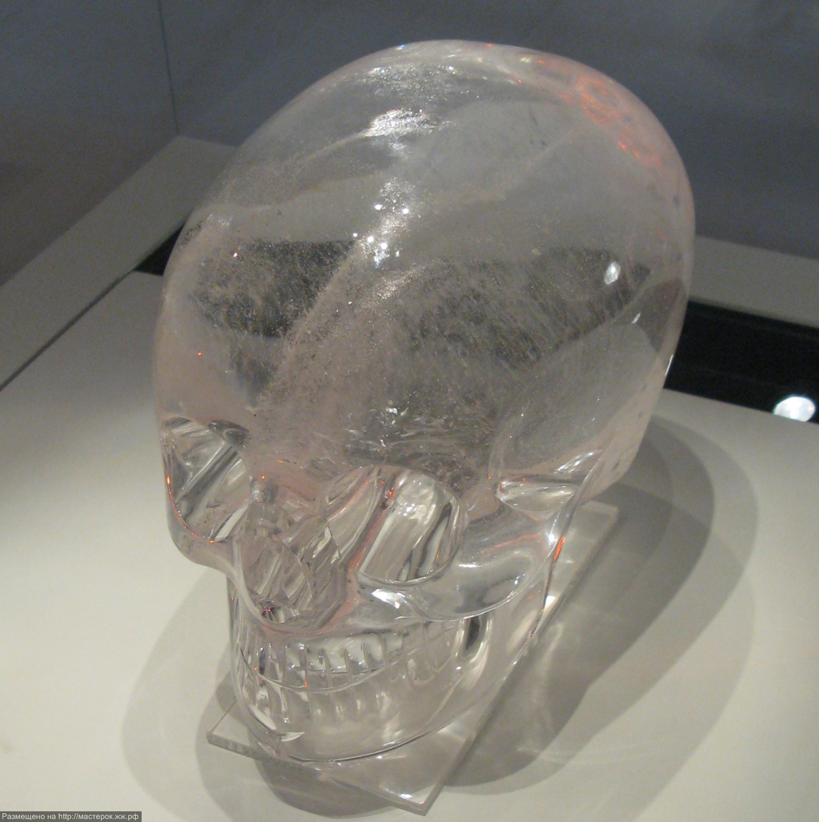 Britis_Museum_Crystal_Skull08 (Копировать)