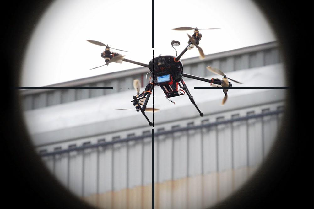 Эффективно ли дроны сбивать лазером?