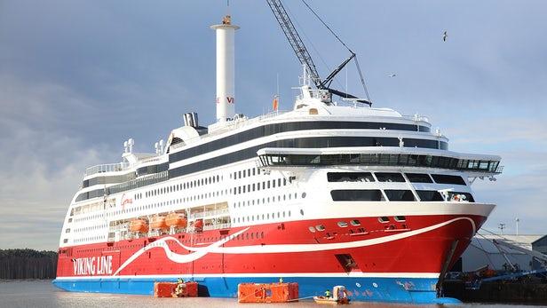 Единственное в мире судно с ротационным парусом
