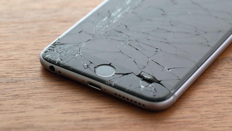 Зачем смартфоны стеклянные?