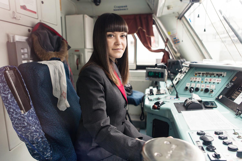 Почему машинистами в метро не берут женщин?