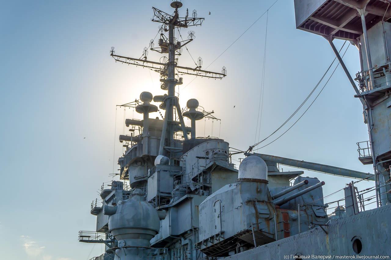 Самый большой военный корабль в Черном море корабль, ранга, капитан, корабля, крейсера, крейсер, «Михаил, Кутузов», Новороссийск, состава, августа, управления, вооружение, Крейсер, личного, кораблем, огнем, могли, октября, состав