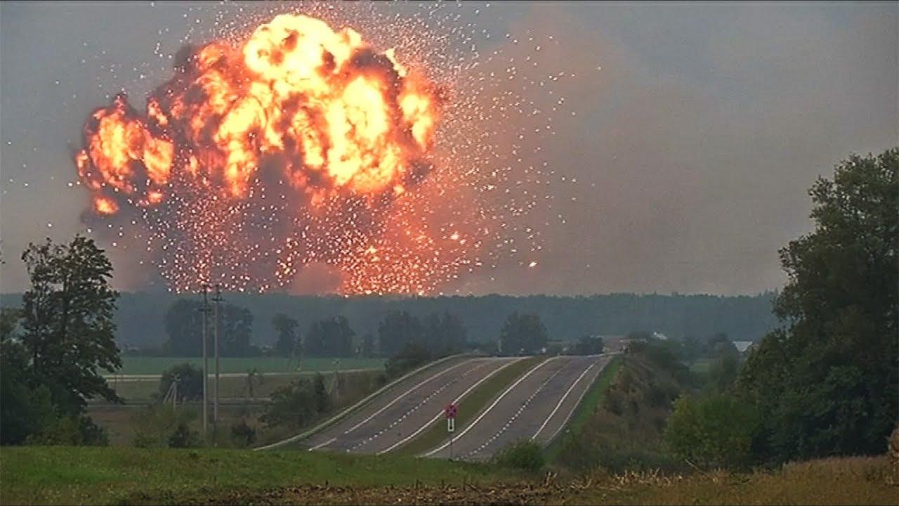 Вот почему на Украине загорелся очередной склад с оружием