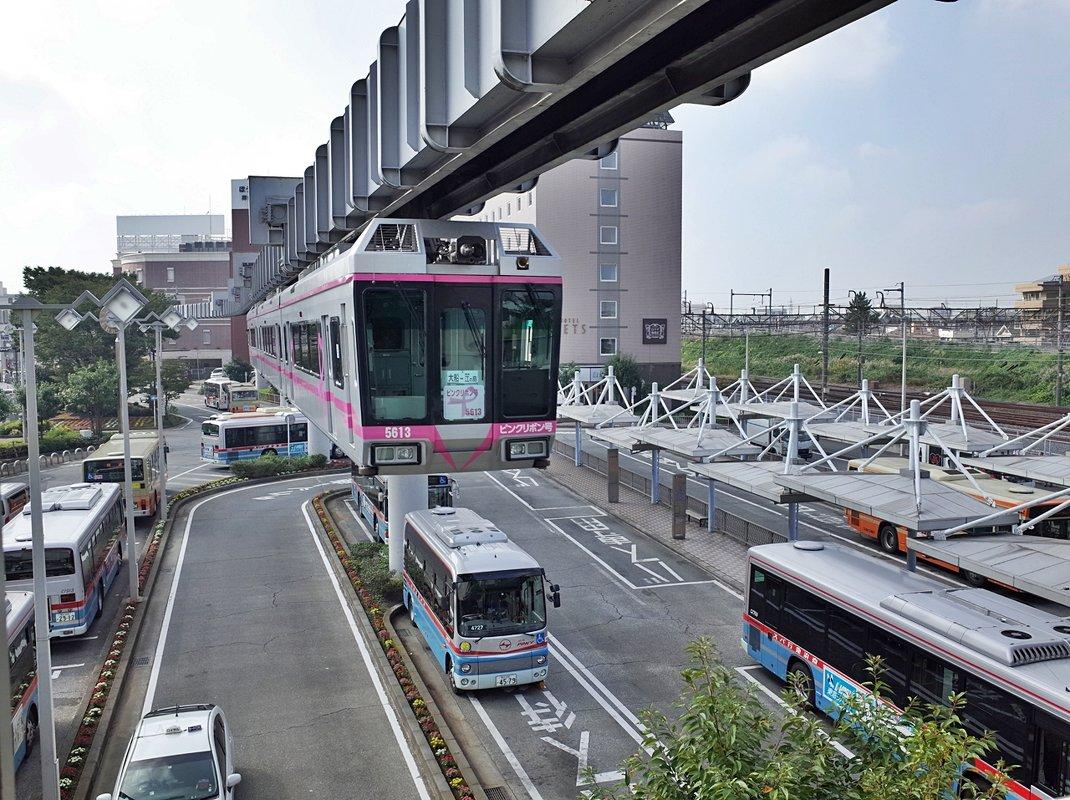 Подвесной поезд Shonan
