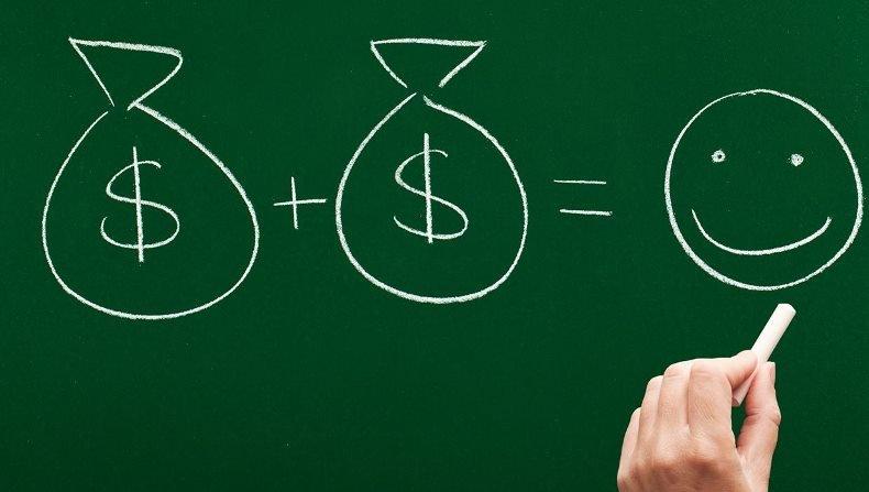 Насколько счастье зависит от денег?