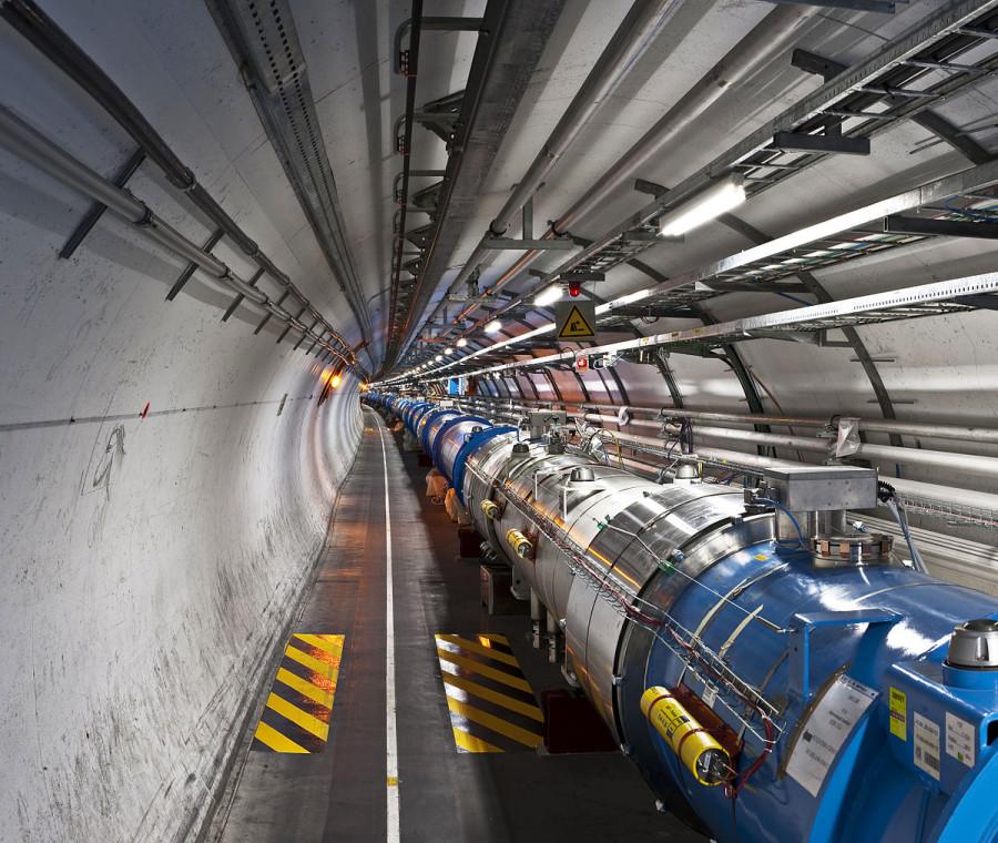 Ученые используют менее 1% данных, собираемых Большим Адронным Коллайдером