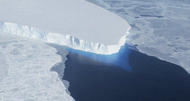 Под антарктическим ледником найдена