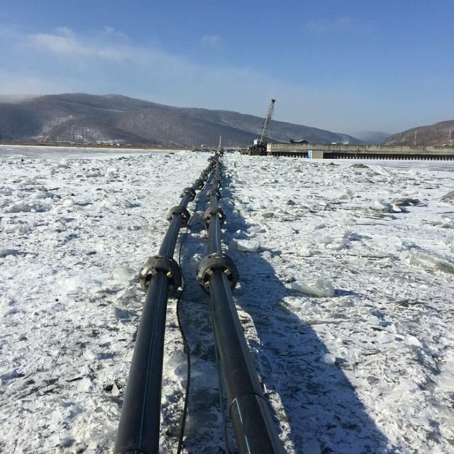 Воду из озера Байкал будут откачивать для экспорта в Китай?