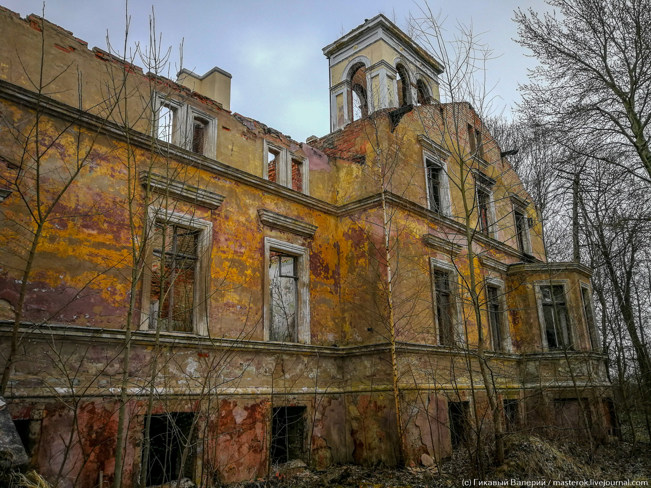 На пепелище и руинах культурного наследия