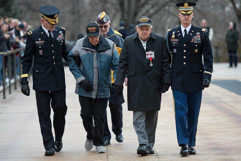 Вторая мировая война глазами ветерана США ребята, помню, потом, вошли, Потом, сказал, когда, ветеран, кабель, нацистов, должны, Берлин, Францию, отношение, человек, очень, солдат, время, американский, виски