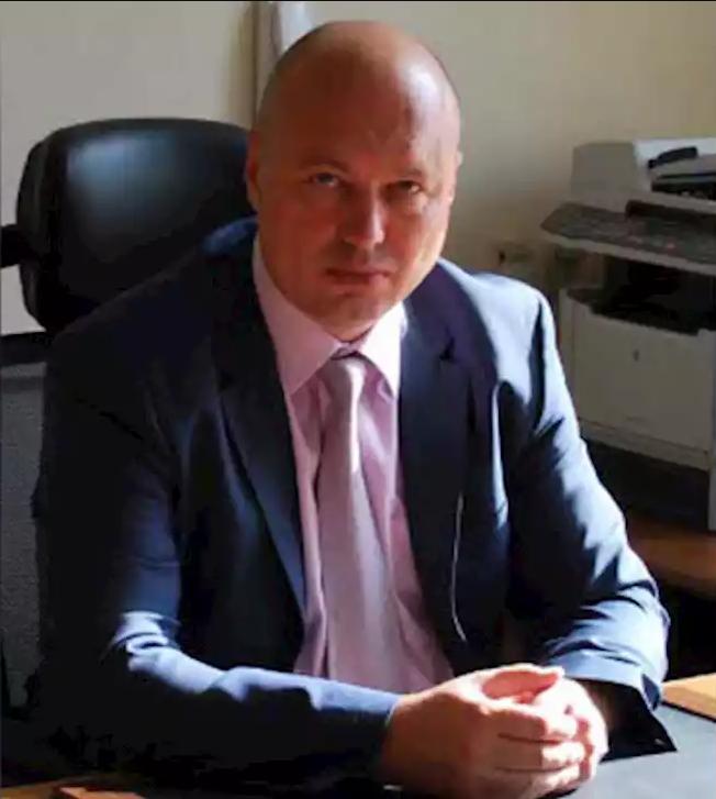 Директор института космического приборостроения сбежал за границу