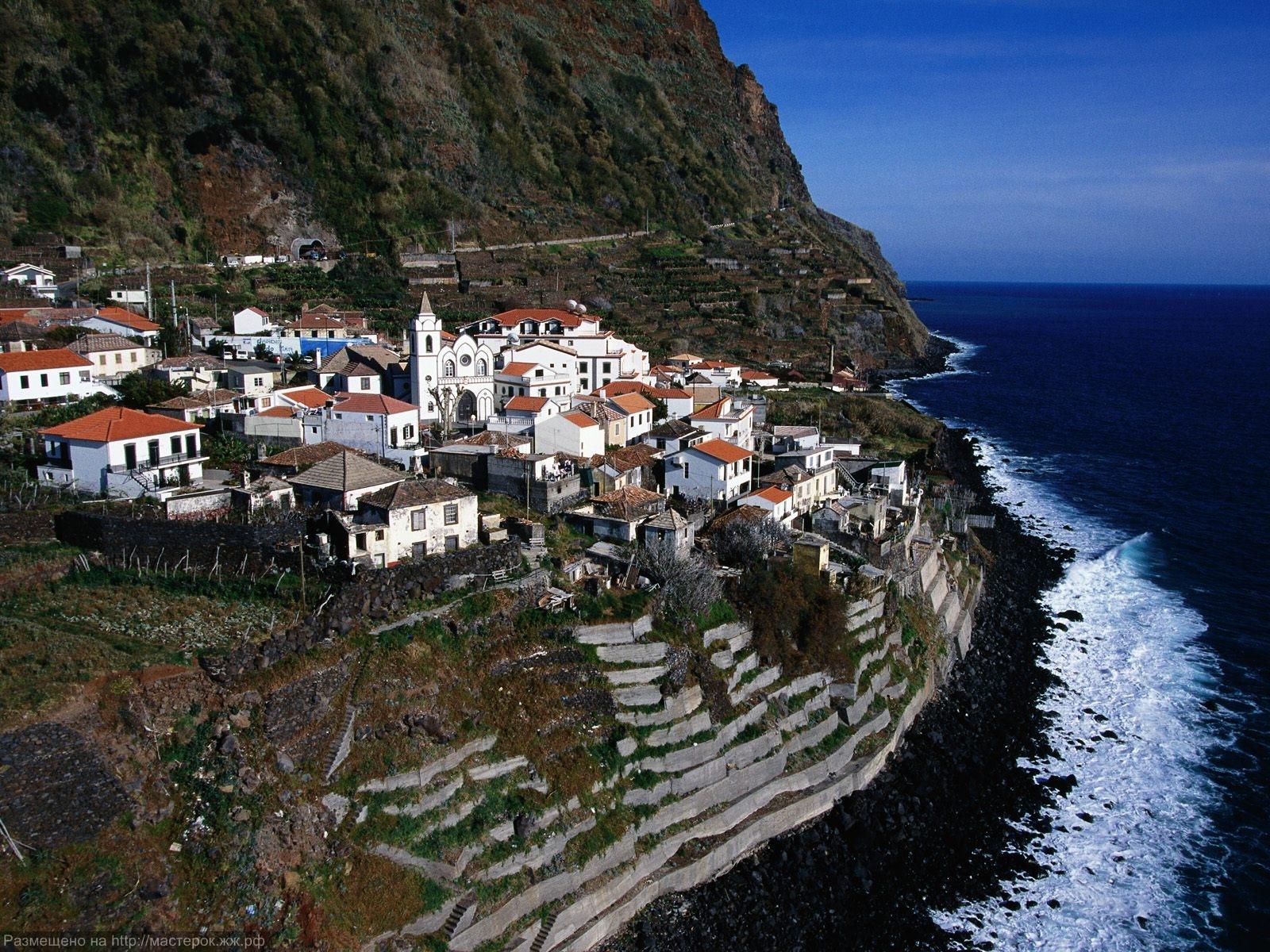 Jardim-do-Mar-Madeira-Island-Portugal (Копировать)