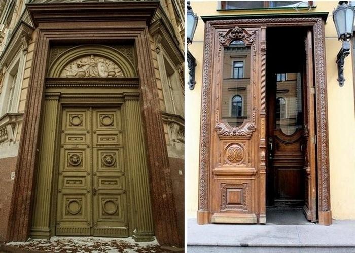 Почему в старых зданиях Питера стоят огромные двери?