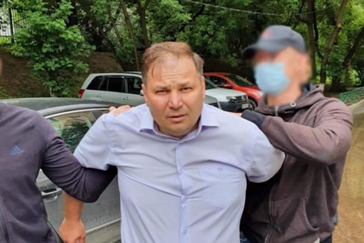 Главу антикоррупционного отдела МВД задержали за взятку Происшествие