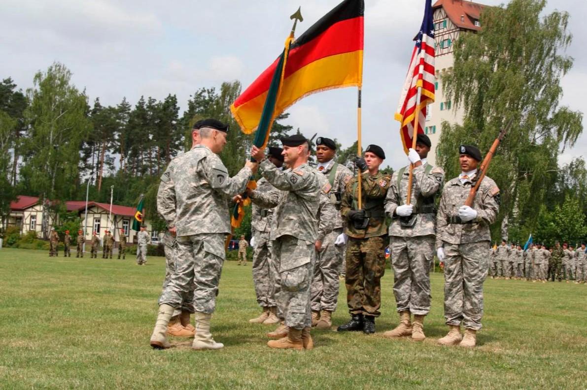 Почему немцы против вывода американских войск со своей территории?