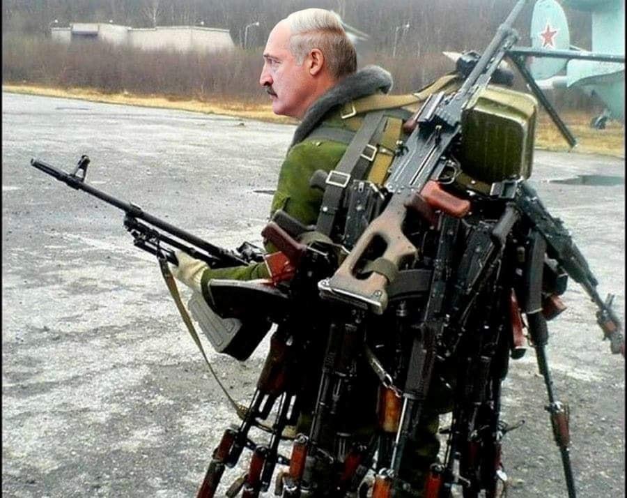 Как Россия должна относиться к происходящему в Белоруссии?