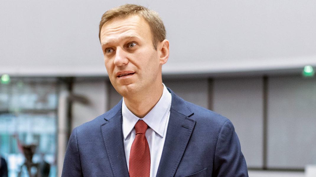 Навальный выступил в Европарламенте и призвал ввести санкции