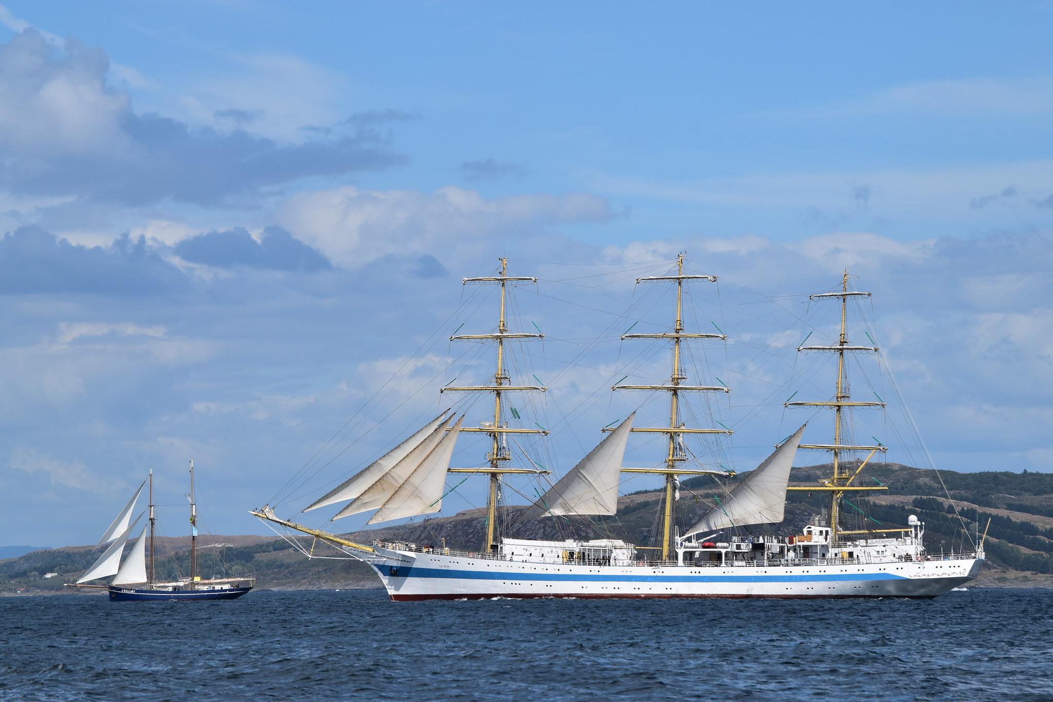 Пять парусников для СССР Корабли
