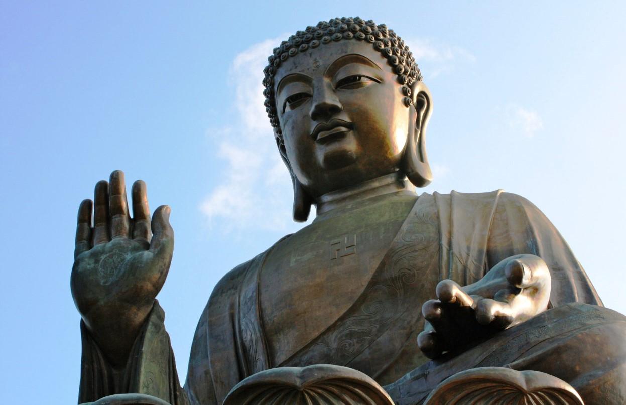 Почему у Будды большие уши? Источник: https://kipmu.ru/pochemu-u-buddy-bolshie-ushi/ Религия