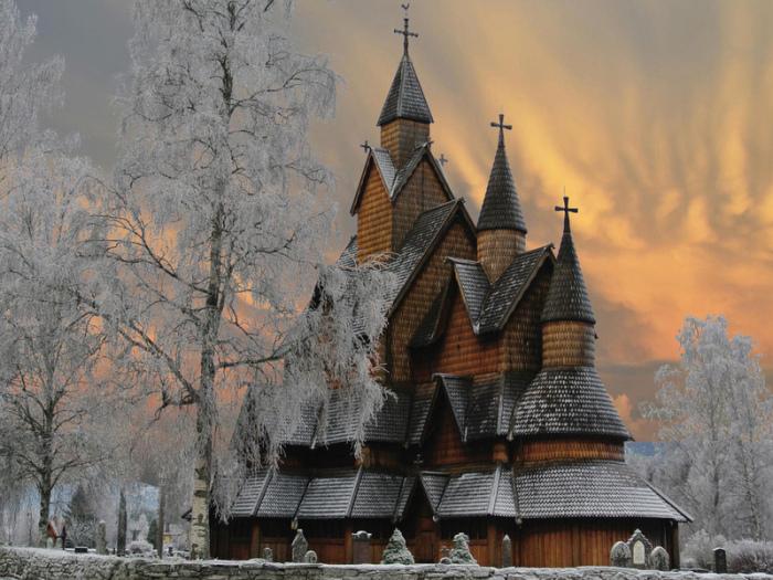 Как раньше отапливали церкви, если у них нет дымоходной трубы? Технологии
