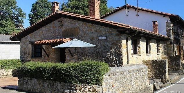 В Испании можно купить деревню по цене московской квартиры Испания