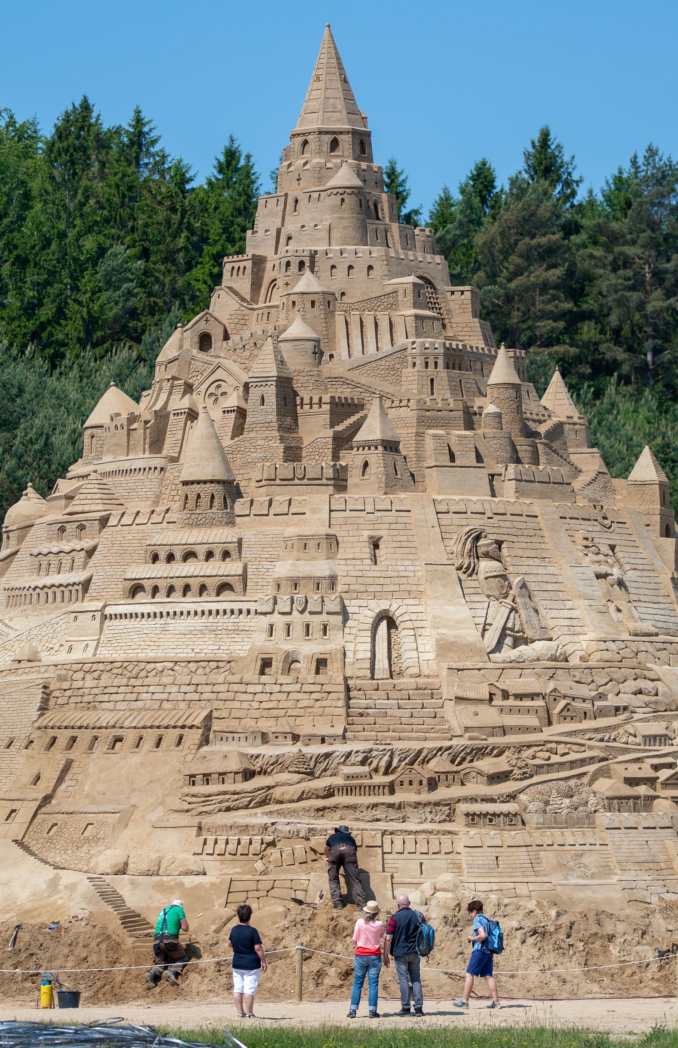 Песочный замок высотой в 16 метров Творчество