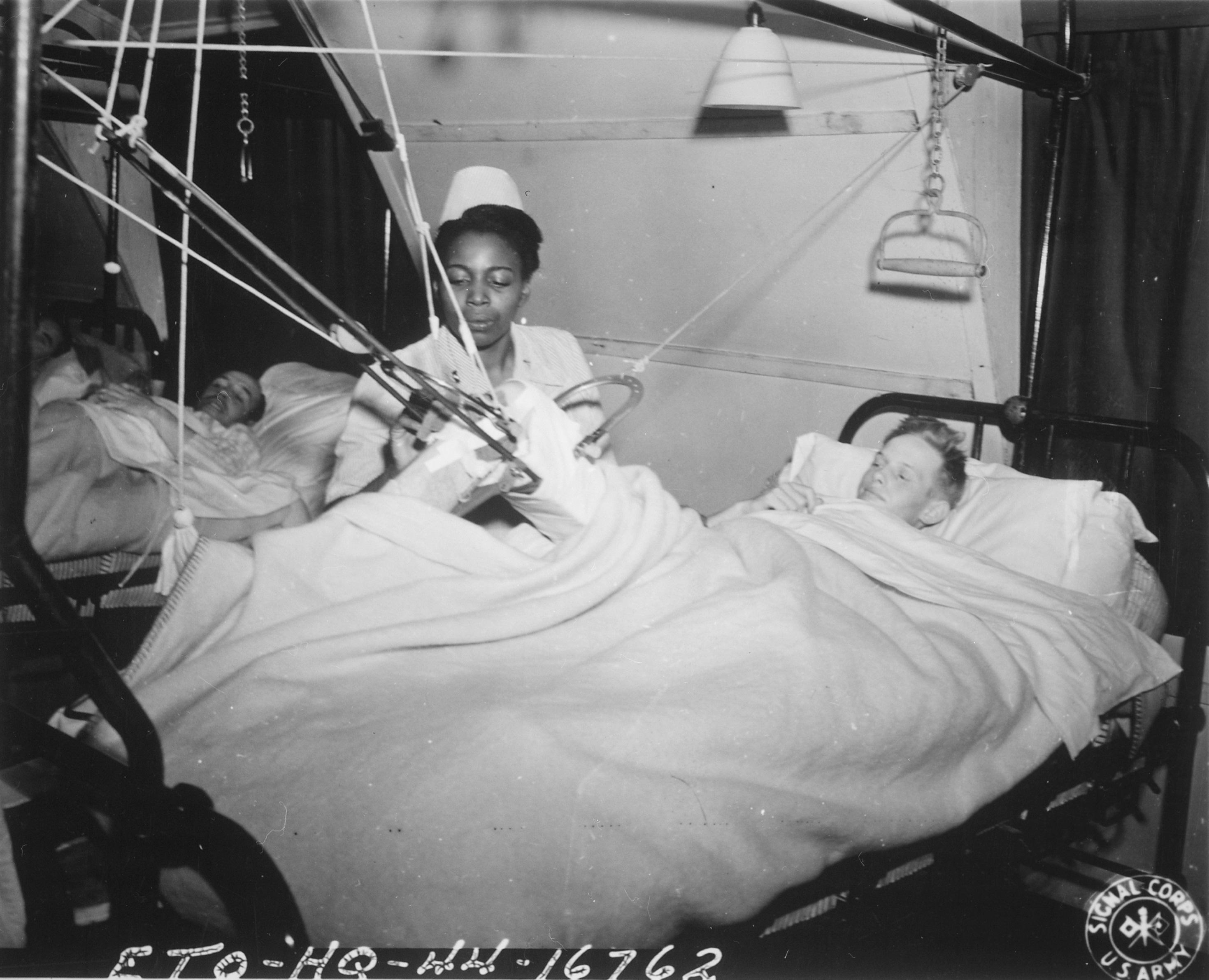 Чернокожие медсестры ухаживали только за нацистами США