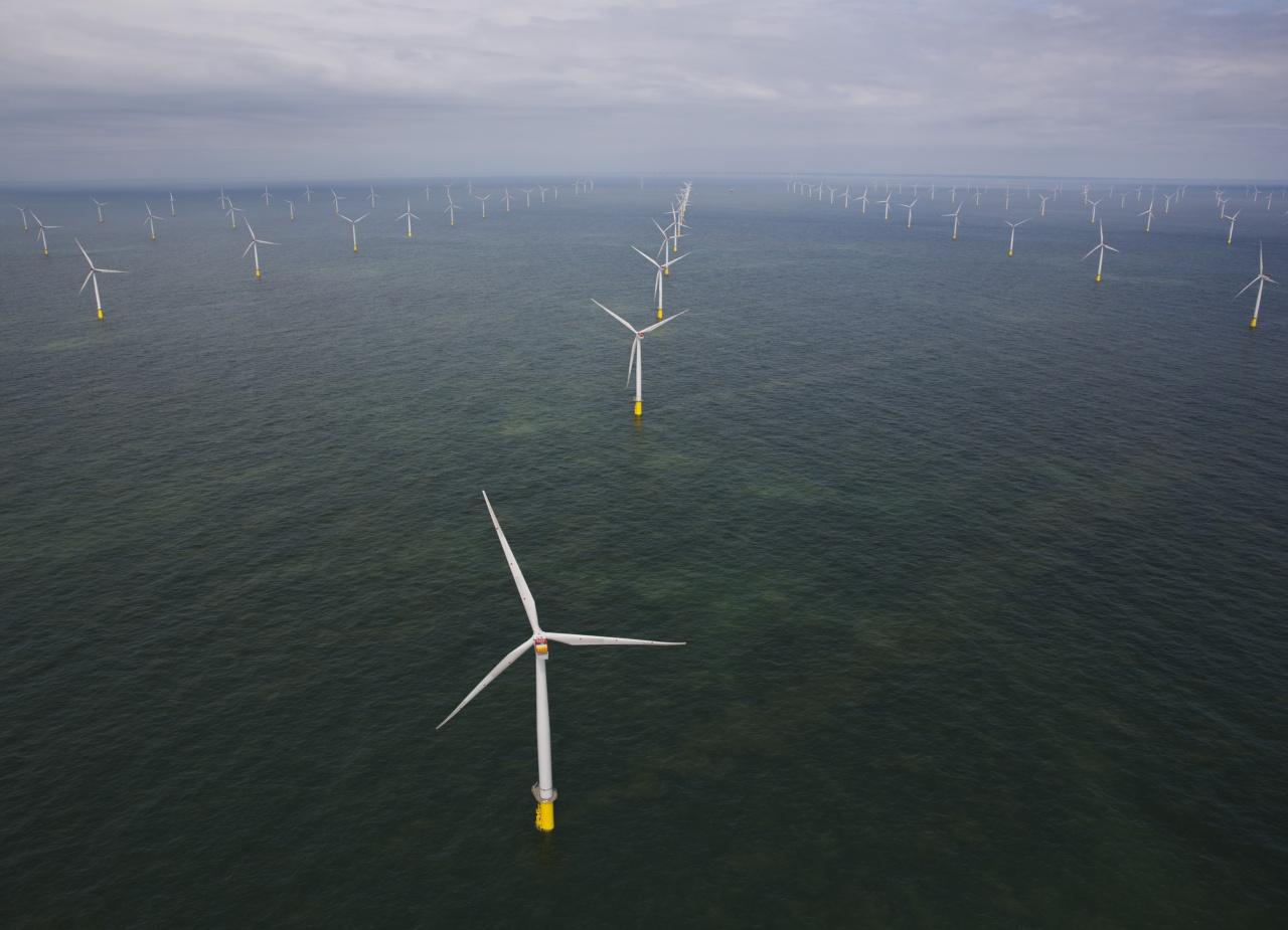 Из-за безветренной погоды в Европе рекордно подорожало электричество Энергия