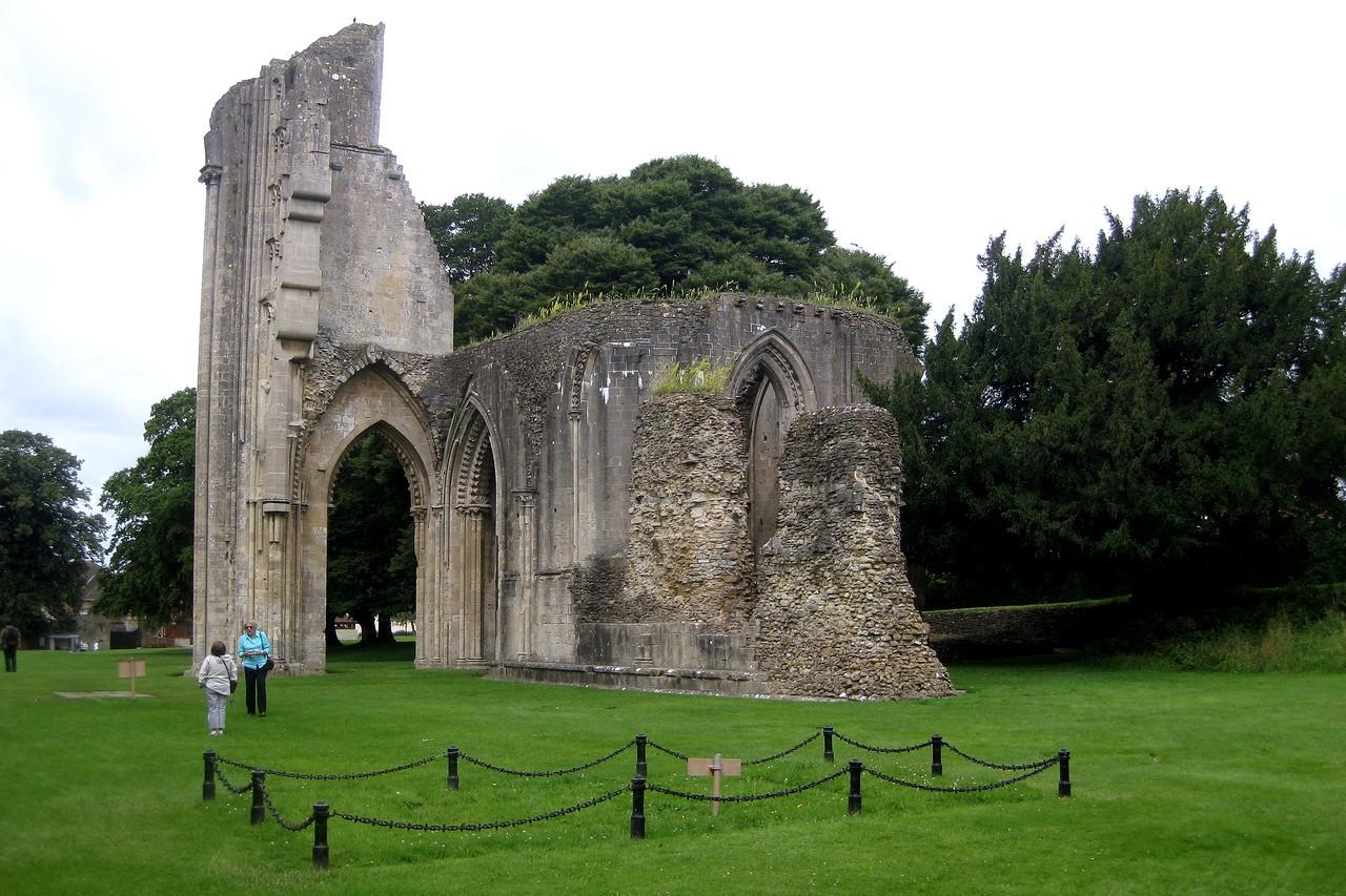Glastonbury-Abbey-High-Altar