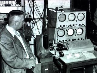 Oxo на компьютере EDSAC