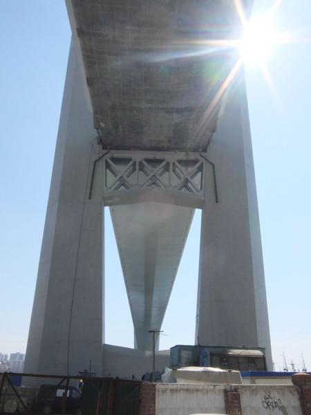 полотно чуркинского моста снизу