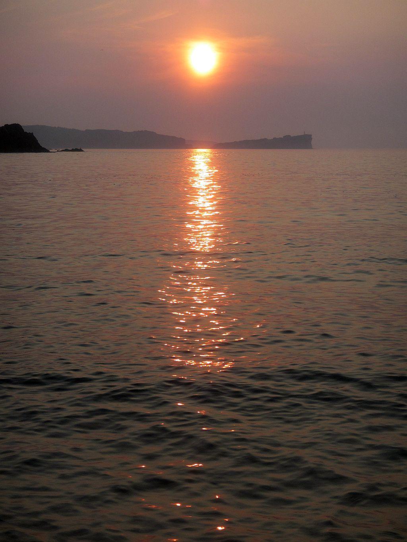 14.Солнце встает над полуостровом Тобизина