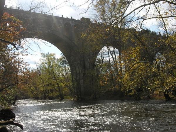 800px-Paulins_Kill_Viaduct_in_Hainesburg,_NJ