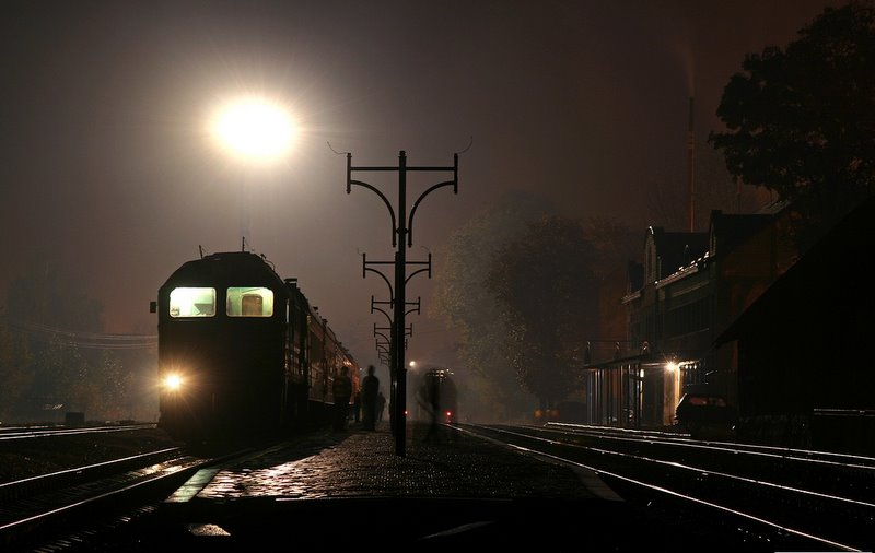 Тепловоз М62-1397 с поездом №606 Рахов - Львов на станции Рахов, Украина Закарпатская обл.