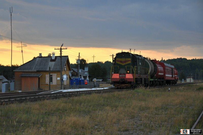 Тепловоз ЧМЭ3-1104 с пожарным поездом, ст. Пещёра, линия Яр - Верхн