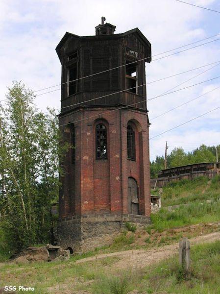 Сайт. Водонапорная башня 1904 г. - символ окраинного района Хилка