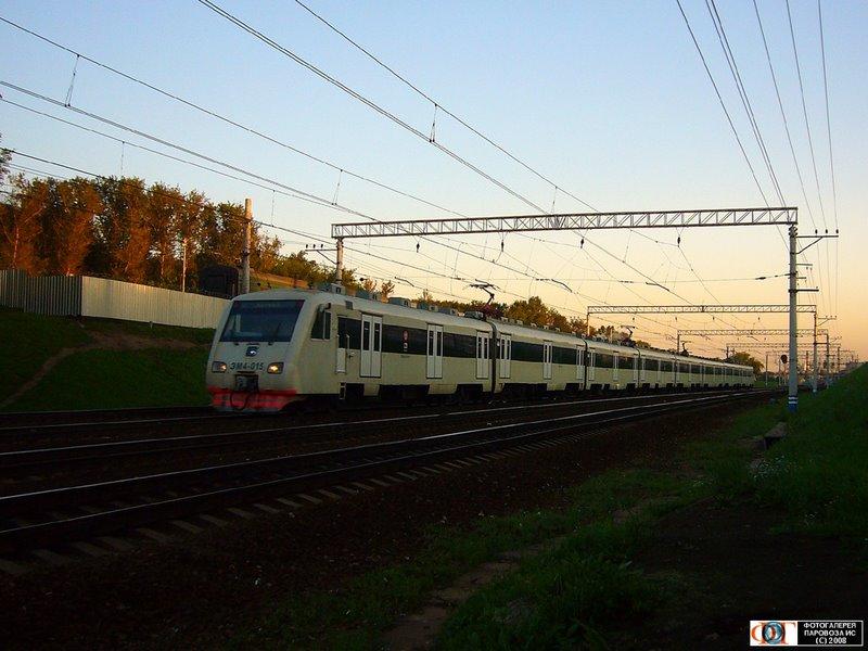 Электропоезд ЭМ4-015, участок Москва-III - Маленковская