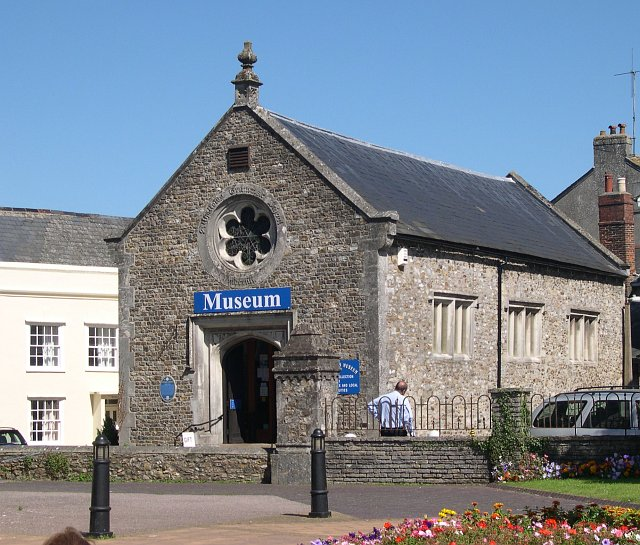 Honiton_Town_Museum_-_geograph.org.uk_-_46357
