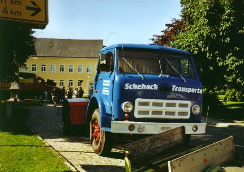 maz-503-sattelzugmaschine-joehstadt-040904-1083