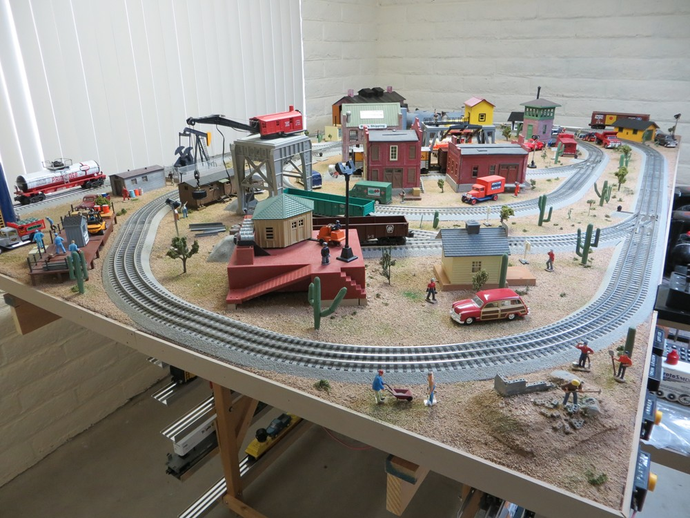 O-Gauge-Model-Train-Image-2